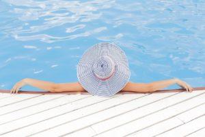 Bazény a povinná výbava